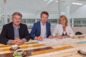 Ondertekening intentieovereenkomst stichting WISjH en Dudok Wonen